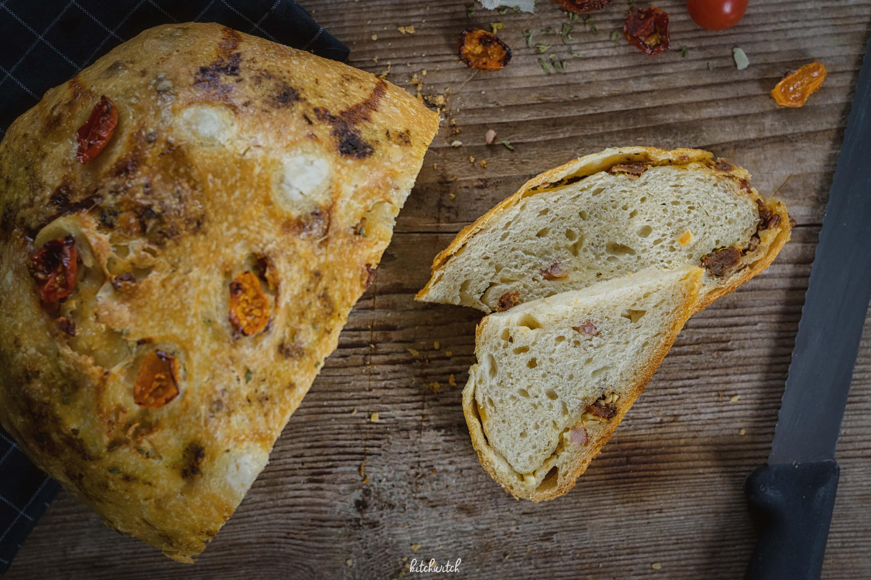 Knoblauch Tomaten Brot-1