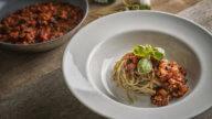 Pikante Tomatensauce mit Basilikumpasta-2