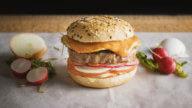 Iberico Burger mit Spiegelei-1